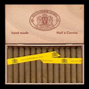 Van Der Donk Half a Corona  25 sigaren